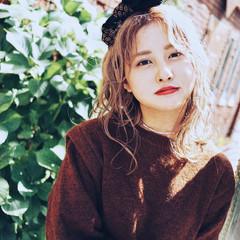 韓国風ヘアー ガーリー スカーフアレンジ ヘアアレンジ ヘアスタイルや髪型の写真・画像