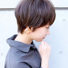 マッシュ マッシュヘア ショート ガーリー ヘアスタイルや髪型の写真・画像