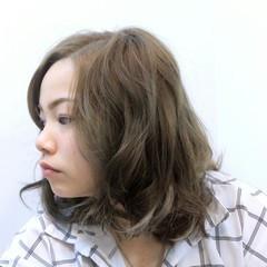 アッシュ ボブ ハイライト ガーリー ヘアスタイルや髪型の写真・画像