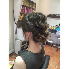 ロング 外国人風 編み込み まとめ髪 ヘアスタイルや髪型の写真・画像