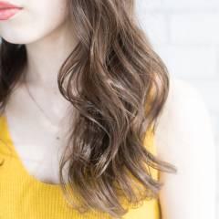 外国人風 渋谷系 アッシュ アッシュベージュ ヘアスタイルや髪型の写真・画像