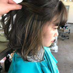 ミディアム インナーカラー アンニュイ ボブ ヘアスタイルや髪型の写真・画像