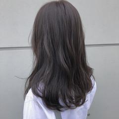 ミディアムレイヤー 大人かわいい ミディアム ナチュラル ヘアスタイルや髪型の写真・画像