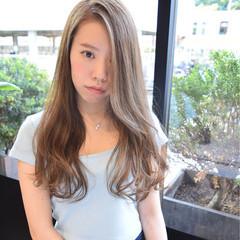 ブルージュ ゆるふわ 外国人風 渋谷系 ヘアスタイルや髪型の写真・画像