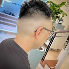 ショート ストリート フェードカット 刈り上げ ヘアスタイルや髪型の写真・画像