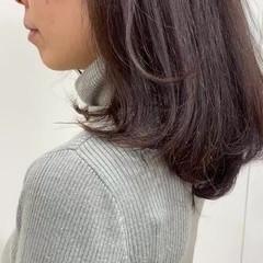ナチュラルブラウンカラー セミロング ワンカール ナチュラル可愛い ヘアスタイルや髪型の写真・画像