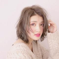 こなれ感 小顔 ニュアンス ナチュラル ヘアスタイルや髪型の写真・画像