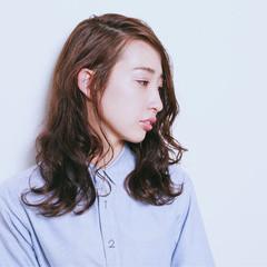 ゆるふわ パーマ 大人女子 暗髪 ヘアスタイルや髪型の写真・画像