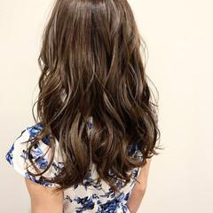ヘアアレンジ イルミナカラー セミロング 涼しげ ヘアスタイルや髪型の写真・画像