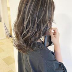 極細ハイライト 透明感カラー ミディアム 3Dハイライト ヘアスタイルや髪型の写真・画像