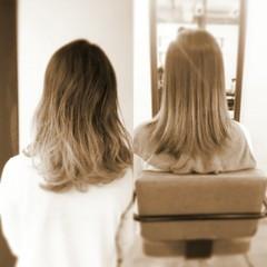 大人かわいい グラデーションカラー アッシュ セミロング ヘアスタイルや髪型の写真・画像