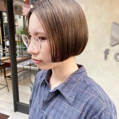 ナチュラル ショート ショートヘア 切りっぱなしボブ ヘアスタイルや髪型の写真・画像