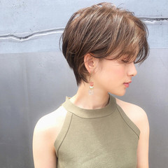 パーマ ショート ナチュラル デート ヘアスタイルや髪型の写真・画像
