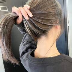 グレージュ 外国人風カラー ストレート ストリート ヘアスタイルや髪型の写真・画像