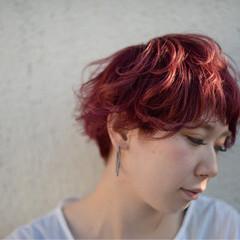 マッシュ ピンク ハイライト ショート ヘアスタイルや髪型の写真・画像
