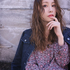 小顔 透明感 秋 ナチュラル ヘアスタイルや髪型の写真・画像