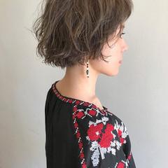 外国人風 ハイトーン ベージュ パーマ ヘアスタイルや髪型の写真・画像