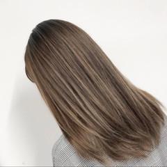 ミディアム 外国人風カラー 3Dカラー ピンクベージュ ヘアスタイルや髪型の写真・画像