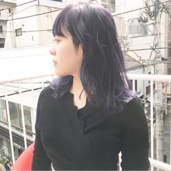 アンニュイほつれヘア アッシュグレージュ インナーカラーグレージュ グレージュ ヘアスタイルや髪型の写真・画像