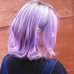 ボブ かわいい ガーリー インナーカラー ヘアスタイルや髪型の写真・画像