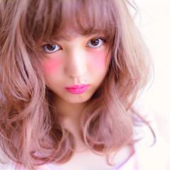 ピンク ボブ 色気 ミディアム ヘアスタイルや髪型の写真・画像