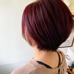 ショートヘア レッドカラー ショートボブ チェリーレッド ヘアスタイルや髪型の写真・画像