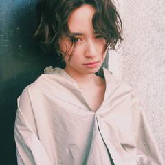 マッシュ ジェンダーレス ウルフカット ミルクティー ヘアスタイルや髪型の写真・画像