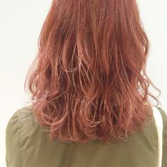 ゆるふわ 冬 ハイライト 外国人風 ヘアスタイルや髪型の写真・画像
