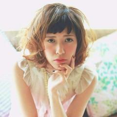 春 外国人風 フェミニン グラデーションカラー ヘアスタイルや髪型の写真・画像