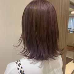 切りっぱなしボブ ウルフカット ベリーピンク ミディアム ヘアスタイルや髪型の写真・画像