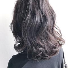 外ハネ ナチュラル アッシュ 冬 ヘアスタイルや髪型の写真・画像