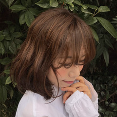 ロブ 色気 ミルクティー デート ヘアスタイルや髪型の写真・画像