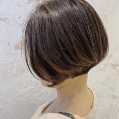 前下がりショート ナチュラル ショートボブ 銀座美容室 ヘアスタイルや髪型の写真・画像