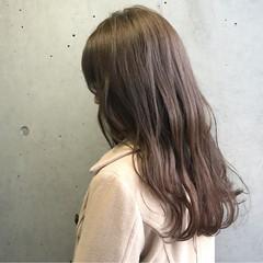 ヴェール グレー 透明感 アッシュ ヘアスタイルや髪型の写真・画像