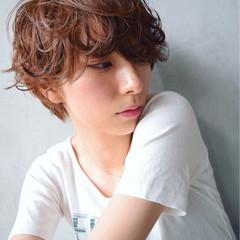 大人かわいい パーマ ピュア ストリート ヘアスタイルや髪型の写真・画像