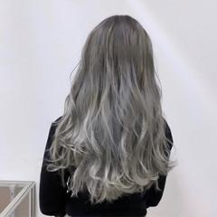ロング 外国人風カラー ホワイトカラー ハイトーン ヘアスタイルや髪型の写真・画像