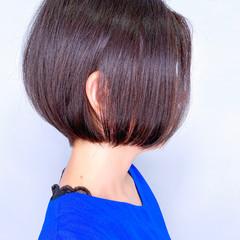 ミニボブ 大人かわいい ナチュラル ショートボブ ヘアスタイルや髪型の写真・画像