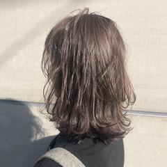 冬 秋 ミルクティーベージュ ミディアム ヘアスタイルや髪型の写真・画像