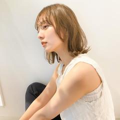 ミディアム 大人かわいい アンニュイほつれヘア 透明感カラー ヘアスタイルや髪型の写真・画像