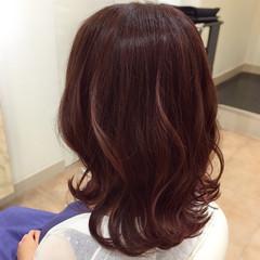 チェリーピンク エレガント ピンク ヘアカラー ヘアスタイルや髪型の写真・画像
