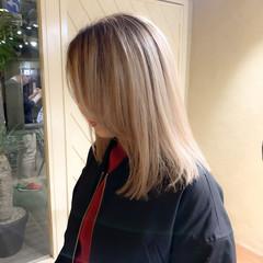 ブロンドカラー ミディアム ダブルカラー ストリート ヘアスタイルや髪型の写真・画像