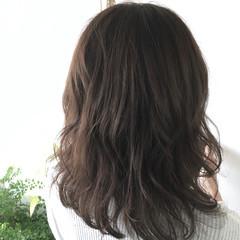 デート 秋 透明感 セミロング ヘアスタイルや髪型の写真・画像