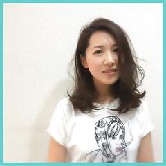 ゆるふわ レイヤーカット ニュアンス 小顔 ヘアスタイルや髪型の写真・画像