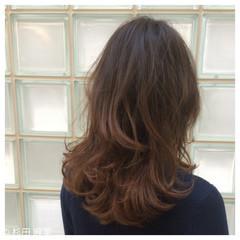 レイヤーカット ダブルカラー グラデーションカラー ストリート ヘアスタイルや髪型の写真・画像
