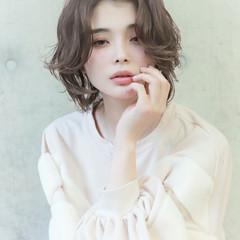 アンニュイほつれヘア 冬 秋 フェミニン ヘアスタイルや髪型の写真・画像