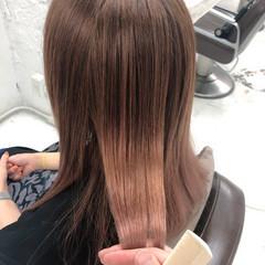 セミロング ツヤ髪 ナチュラル 縮毛矯正 ヘアスタイルや髪型の写真・画像