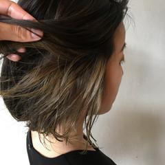グレージュ インナーカラーグレー インナーカラー インナーカラーシルバー ヘアスタイルや髪型の写真・画像