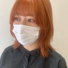 オレンジカラー ウルフカット オレンジブラウン オレンジベージュ ヘアスタイルや髪型の写真・画像
