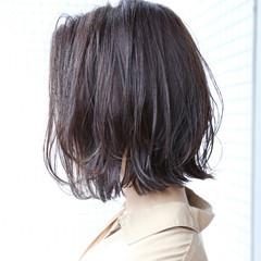 ボブ 透明感 切りっぱなし アッシュ ヘアスタイルや髪型の写真・画像