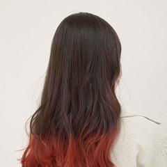大人かわいい ピンク ガーリー インナーカラー ヘアスタイルや髪型の写真・画像